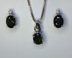 5043 Green Tourmaline Set