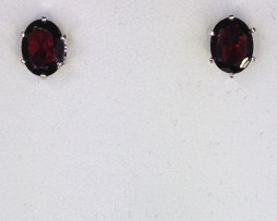 4083 Pyrope Garnet Oval Sterling Earrings 1
