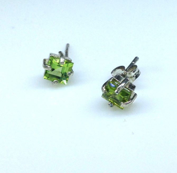 4289c Peridot CO Square Sterling Earrings