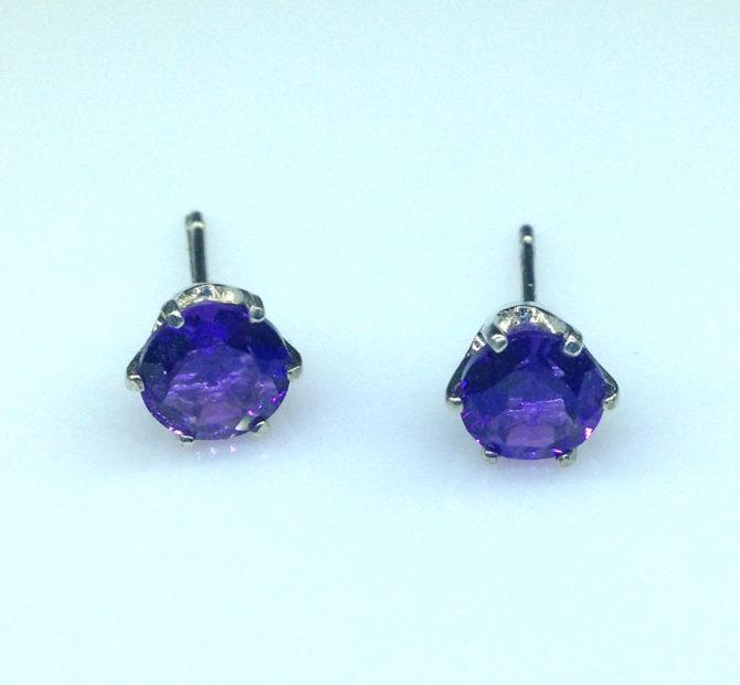 4204b Amethyst AZ Round Sterling Earrings