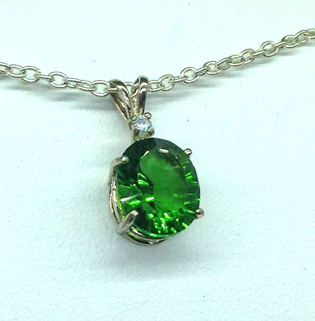 5283c Green Helenite Oval Sterling Pendant