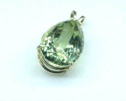 5314a Mint Green Quartz 11x16 Pear Sterling Pendant