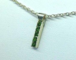 5336b Five Chrome Diopside Channel Sterling Pendant