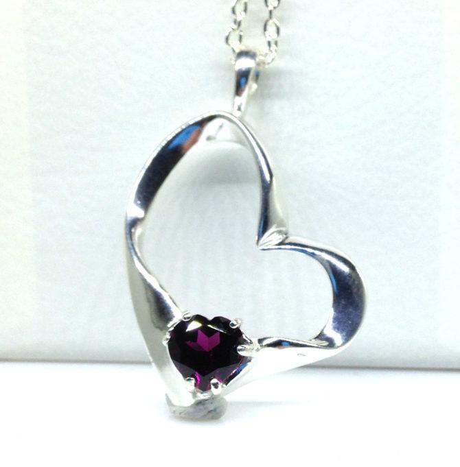 5349a 104 Rhodolite Garnet 8x8 Heart Sterling Pendant