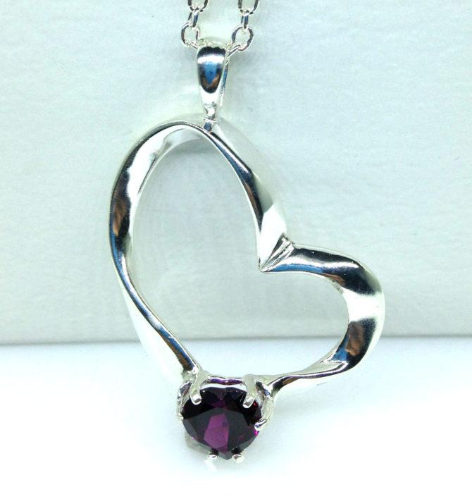 5349b 104 Rhodolite Garnet 8x8 Heart Sterling Pendant