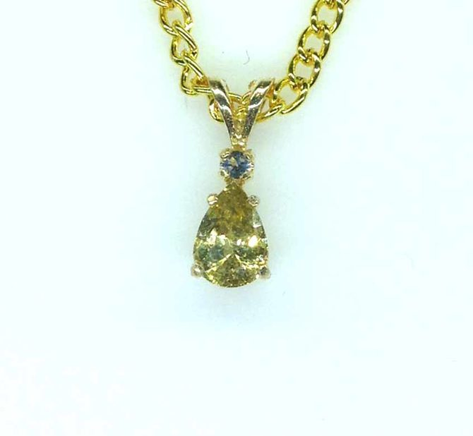 5411 Honey Zircon 9x7 Pear Accents Y Gold Pendant