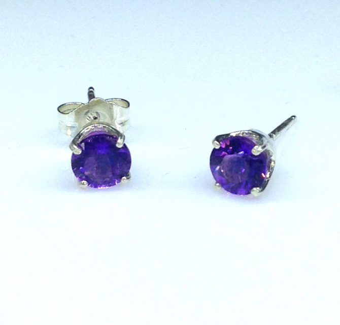 4227a Amethyst AZ Round Sterling Earrings