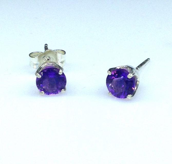 4234a Amethyst AZ Round Sterling Earrings