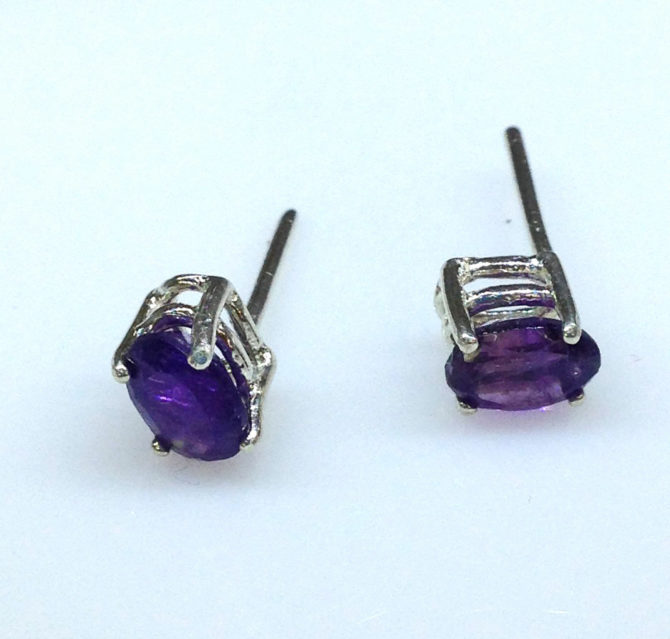 4235a Amethyst AZ Oval Sterling Earrings