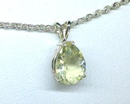 5257a Yellow Labradorite Sterling Silver Pendant