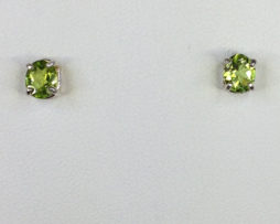 4071 Peridot Oval CO Sterling Earrings 1