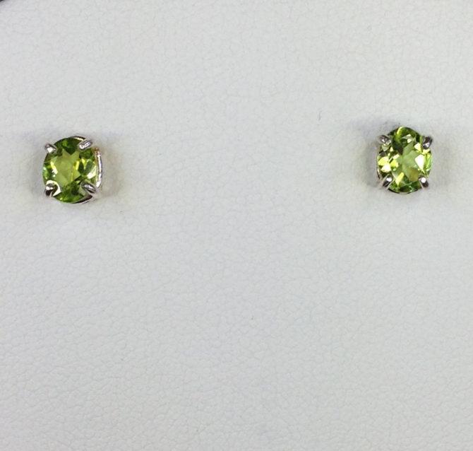 4071 Peridot Oval CO Sterling Earrings 1