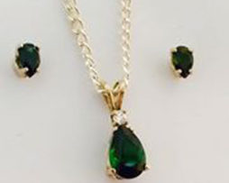 Green Tourmaline Pear Gold