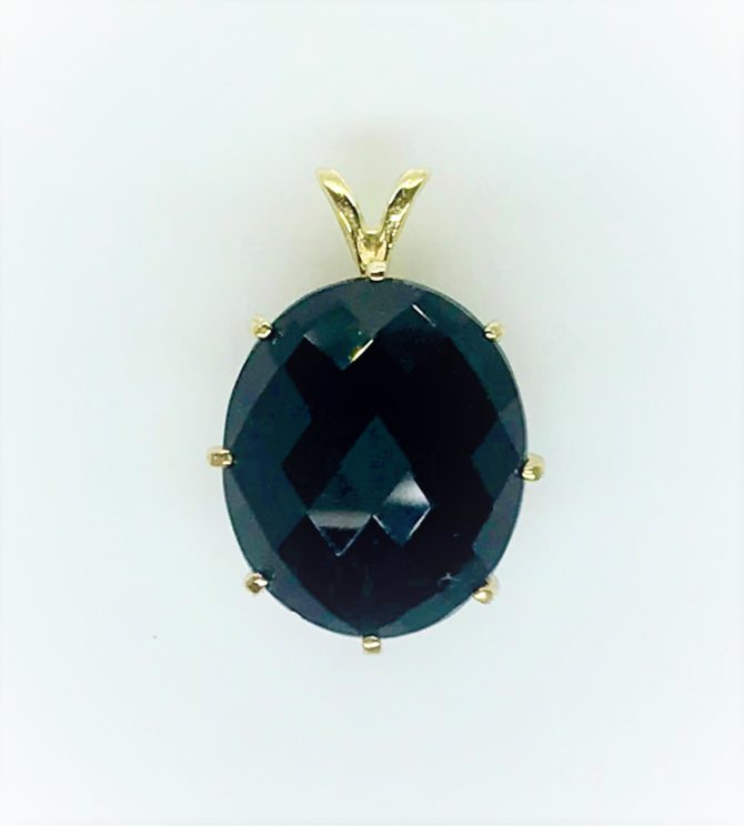 5438d Black tourmaline yellow gold