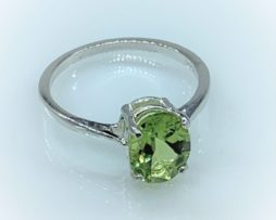 6105a Peridot AZ Oval Sterling Ring