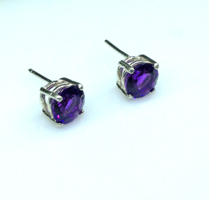 4219d Amethyst AZ Round Sterling Earrings